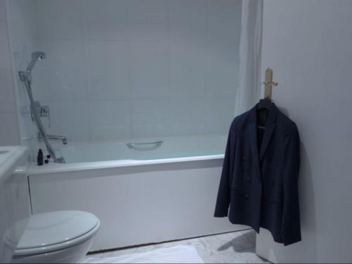 ファッションデザイナー羊子の「メイクの着こなし」vol.5 勝負眉で着こなすジャケット