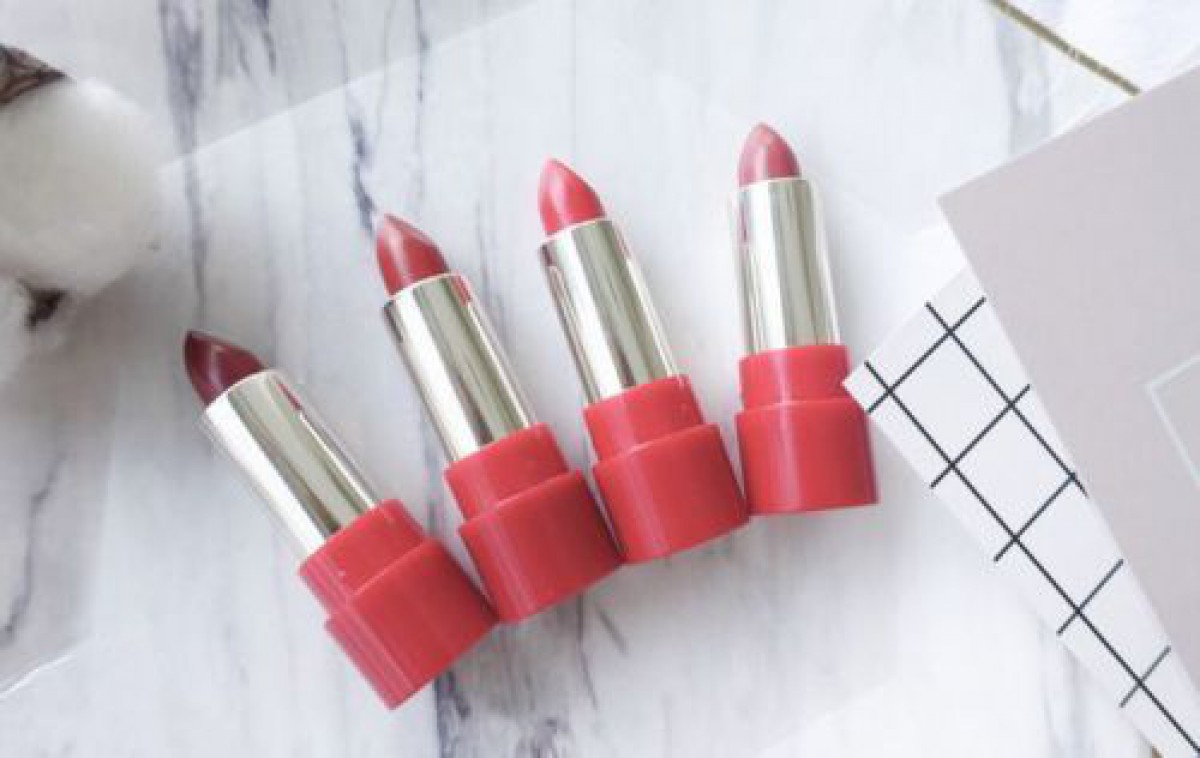 4色の赤で4つの魅力。今日のなりたい私は【赤リップ】で作る♡