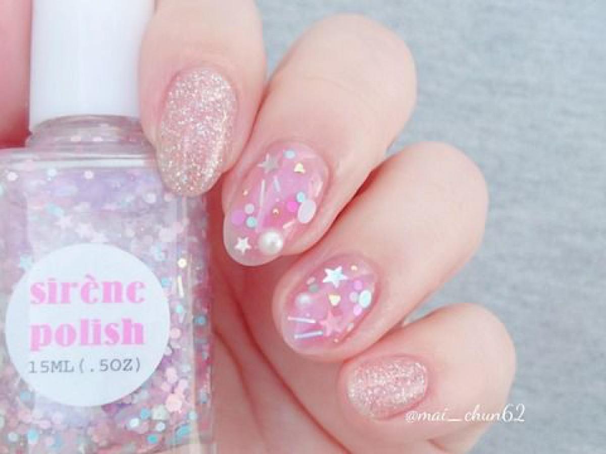 ホロたくさん♡ピンクネイル