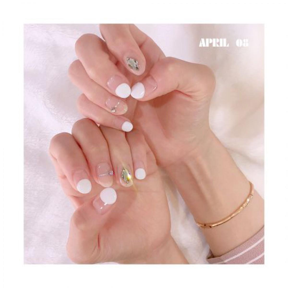 いますぐ真似したい♡韓国のフレンチネイルがすごく可愛い!