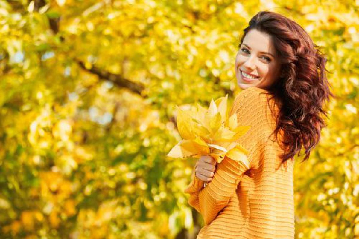 オレンジのワントーンメイクで2018秋を先取り!気になるやり方も。