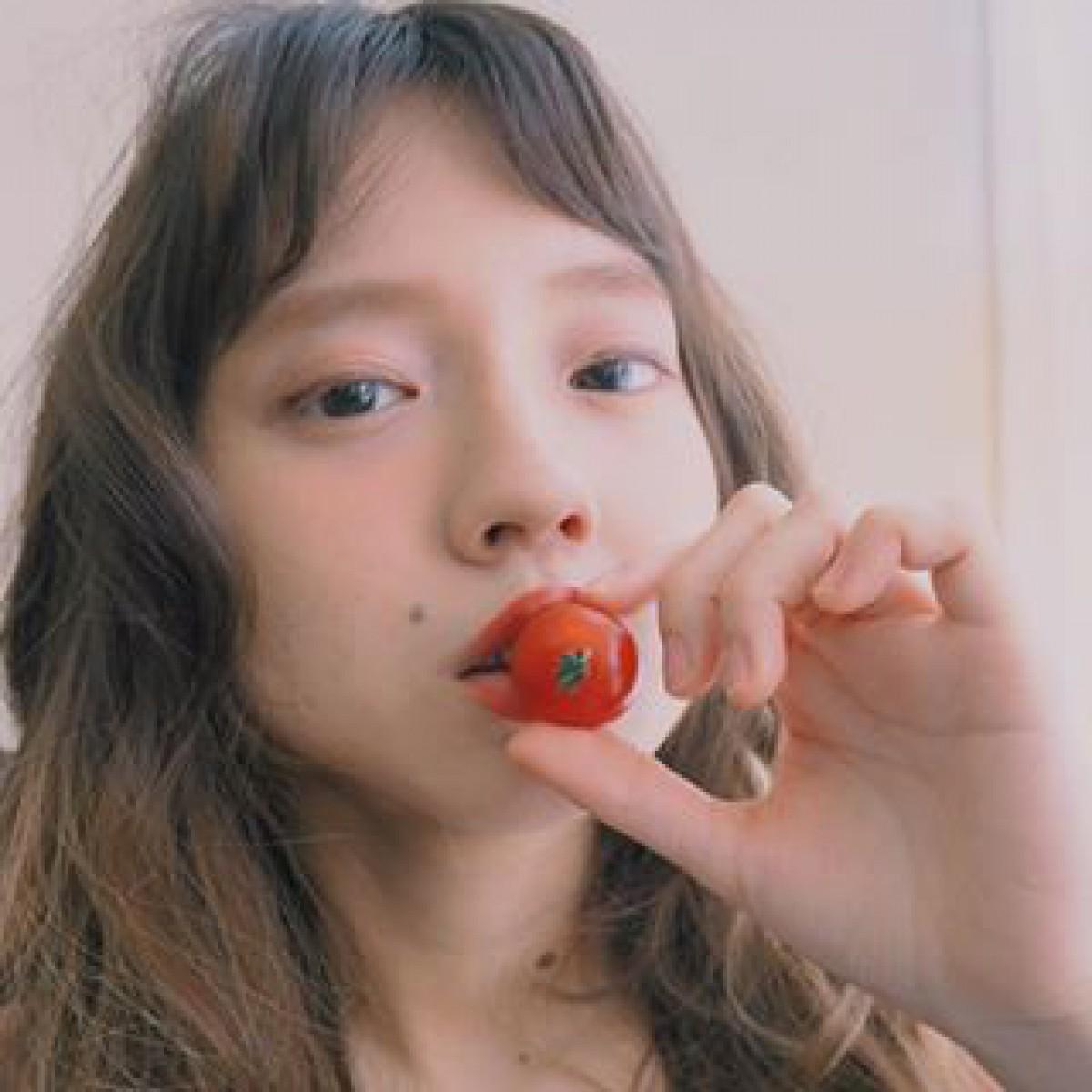 ぷちっ、ジュワッと甘酸っぱく。韓国発「チェリートマトメイク」で食べごろな私に