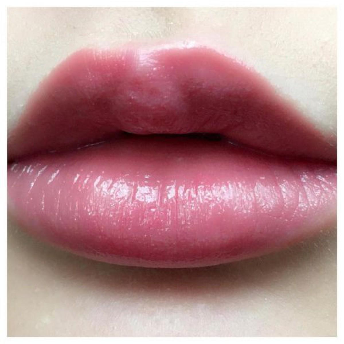 【マキアージュのリップ】人気29色を塗り比べ!大人の唇に合うモテリップはコレ