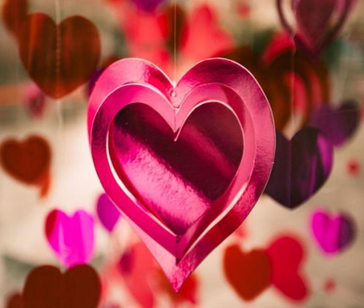 人肌恋しいこれからが恋のシーズンでしょ?「#恋コスメ」で恋愛モチベをUPせよ