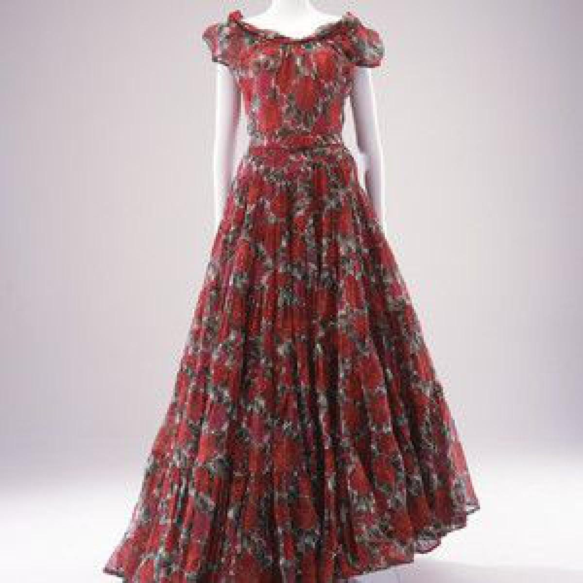 「ディオールとバレンシアガ」展が島根県立石見美術館で開催、2人のクチュリエによる1950年代の作品を紹介