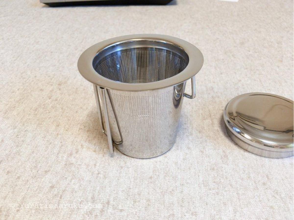 ドリップコーヒー1杯からでも入れられるマグカップにぴったりおさまる多機能茶こし