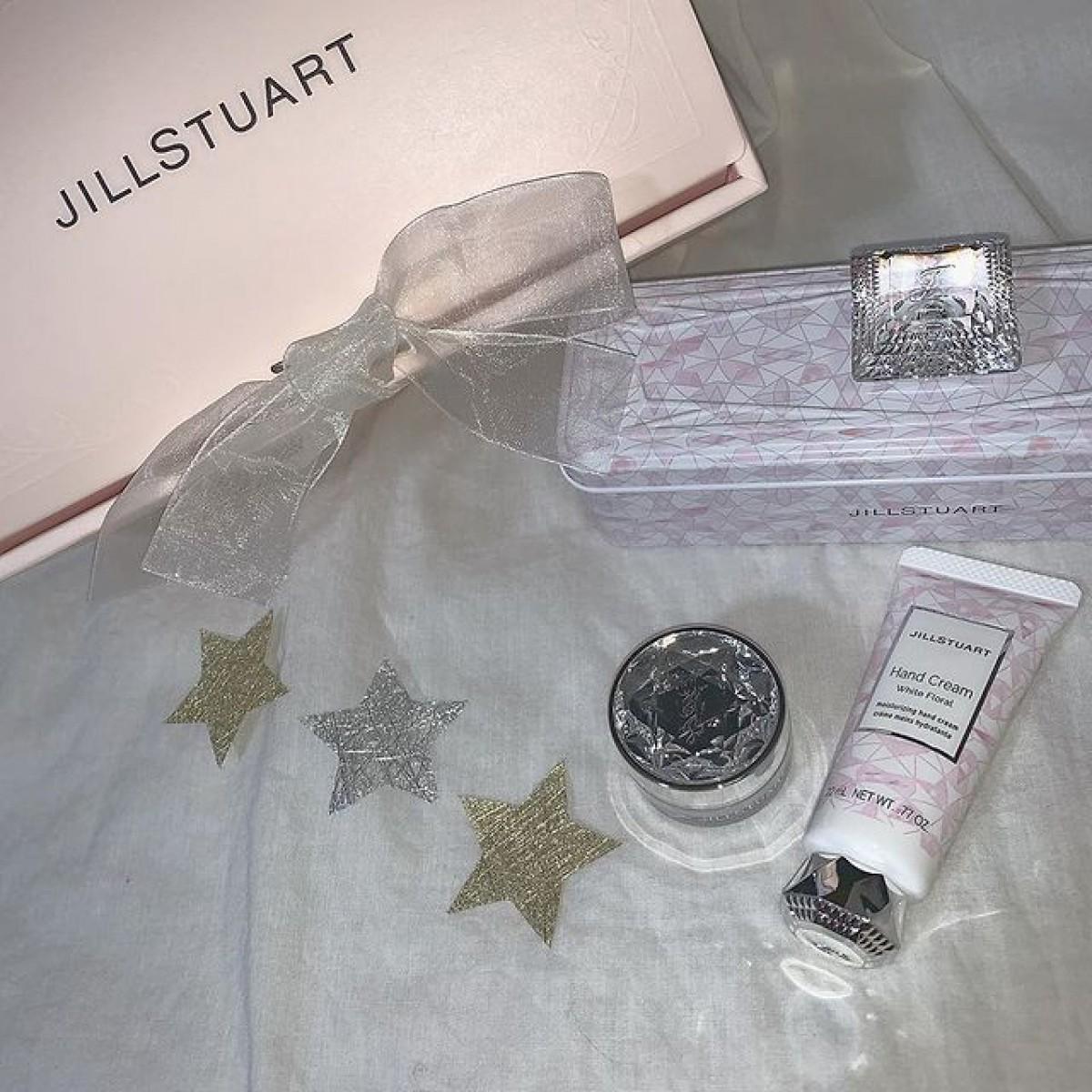 パッケージだけじゃなく香りも素敵なJILL STUART。甘〜いflavorたちのまとめ