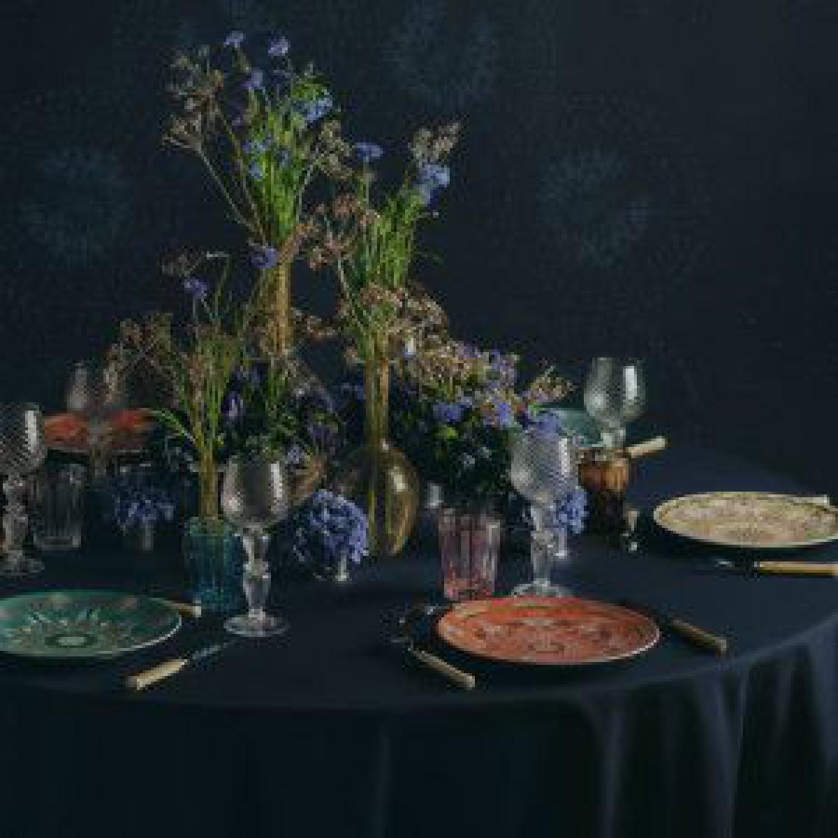 「ディオール メゾン」ホリデーシーズン向けのホームコレクション発売、光の装飾ルミナリエからインスパイア