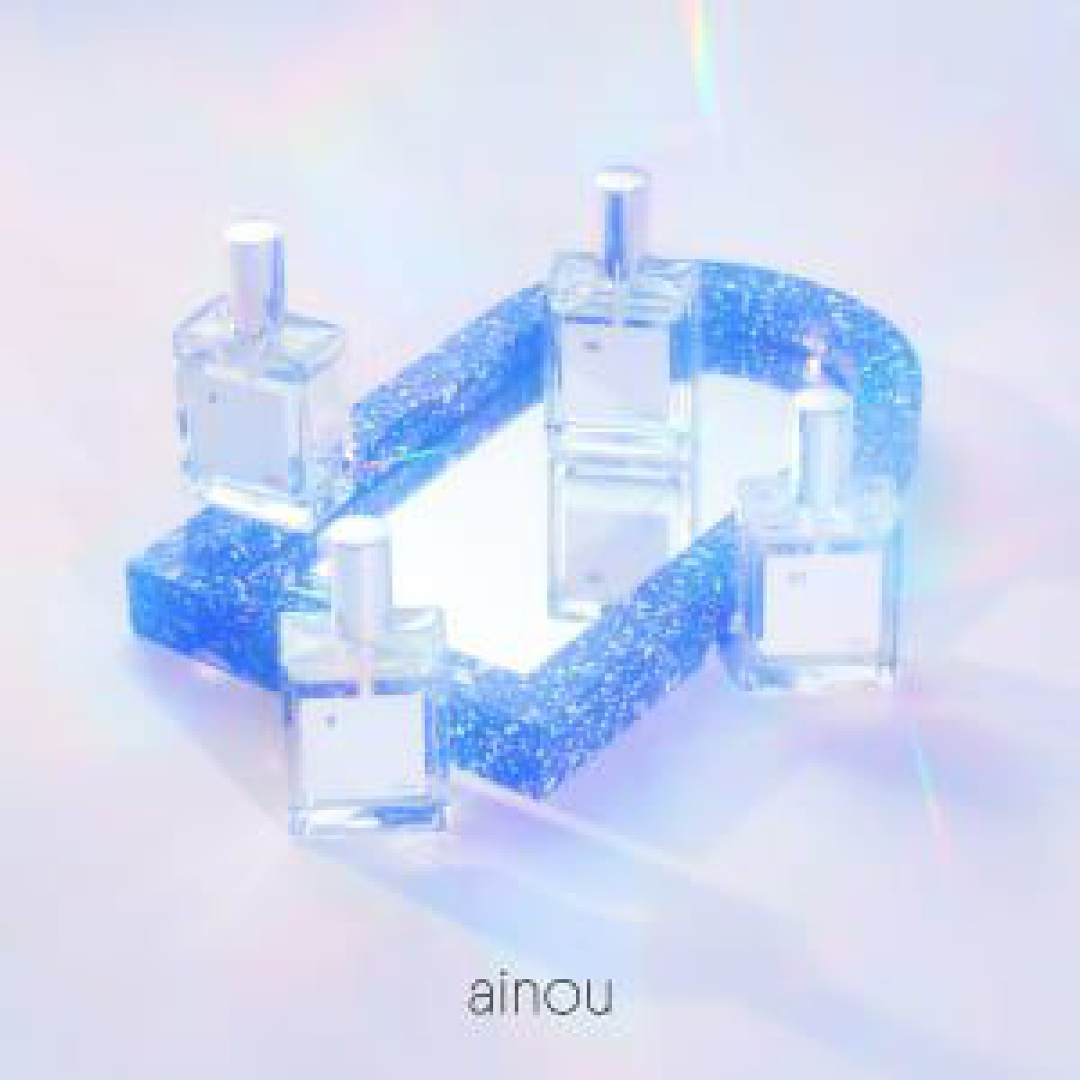 香水ブランド「アイノウ」始動、菅沼ゆりやゆうたろうらがプロデュースしたファーストコレクション発売